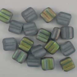 #05 - 25 Stck. H-Tile Beads 6mm - alexandrite matte vitrail