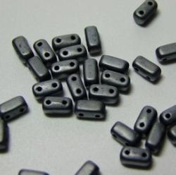 #18 - 50 Stück Two-Hole Bricks 3x6mm - hematit matt
