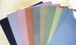 1 Fädelmatte gelb oder creme hell 28 x 36 cm