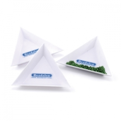 1 Stück Schale - Plastik - Dreieckform