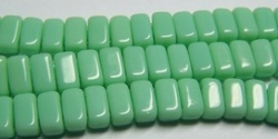 #10 - 50 Stück Two-Hole Bricks 3x6mm - Opak Pale Jade