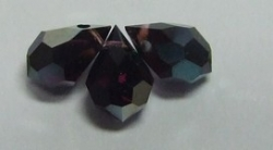 1 facetierter Tropfen 6x10 mm Dark Violet Celsian