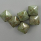 #13 - 10 Two-Hole Pyramid 8x8mm - white green marmor