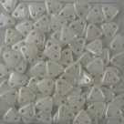 #16 10g Triangle-Beads 6mm - luster opaque white