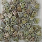 #20 10g Triangle-Beads 6mm - opaque alabaster luster green