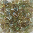 #09 10g Triangle-Beads 6mm - aquamarine celsian