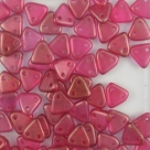 #35 10g Triangle-Beads 6mm - Halo-Madder Rose