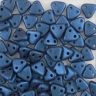 #37 10g Triangle-Beads 6mm - met. suede - blue