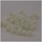 #15 40 Stück - Bicone 6,0 mm - opak weiß 1