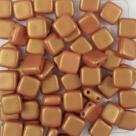 50 Stück Two-Hole Flat Square 6mm - Alabaster Pastel GoldShine Y