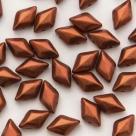 #01.04 - 25 Stück GemDUO 5x8 mm - Crystal Matte Metallic Dk Copper