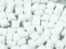 #02.00 25 Stck. 2-Hole Wibeduo 8mm Chalk White