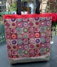 1 Tasche Mosaik Größe ohne Griffe ca. 45x45 cm, mit Griffe ca. 80cm Höhe