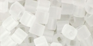 10 g TOHO Cubes 4 mm TC-4-0001 F