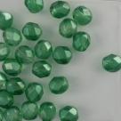 #09.03 25 Stück - 6,0 mm Glasschliffperlen - chr. green half wax