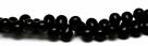 #06 - 20 Glastropfen 5x7mm opak schwarz