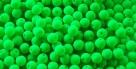 #70 50 Stück Perlen rund - samtig neon grün - Ø 4 mm